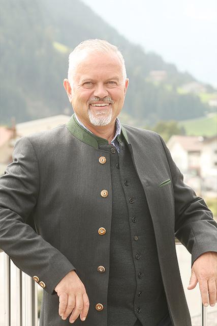 Mag. Dr. Peter Nagele